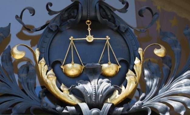 DALI SU SLOVENAČKE SUDIJE UMEŠANE U KORUPCIJU I DISKRIMINACIJU?